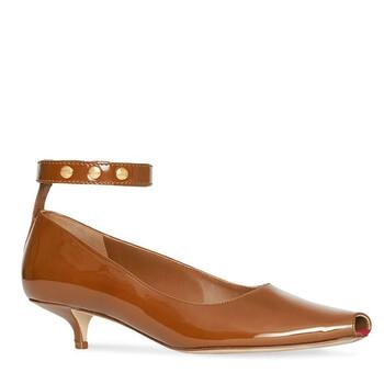 Giày Burberry Peep-toe Kitten Heel Patent Leather Pumps chính hãng sale giá rẻ