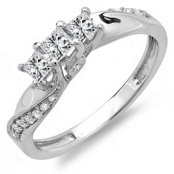 Trang sức Dazzling Rock Dazzlingrock Collection 0.50 Carat (ctw) 10K Princess & Round Kim cương 3 Stone Nhẫn đính hôn 1/2 CT