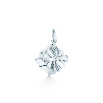 Trang sức Tiffany & Co. Bạc 925 Gift Box Charm chính hãng sale giá rẻ Hà nội TPHCM